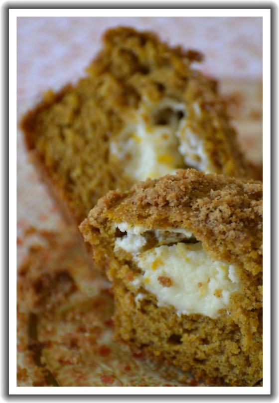 Cream Cheese Filled Orange Pumpkin Ale Muffins with Graham Cracker Streusel Topping