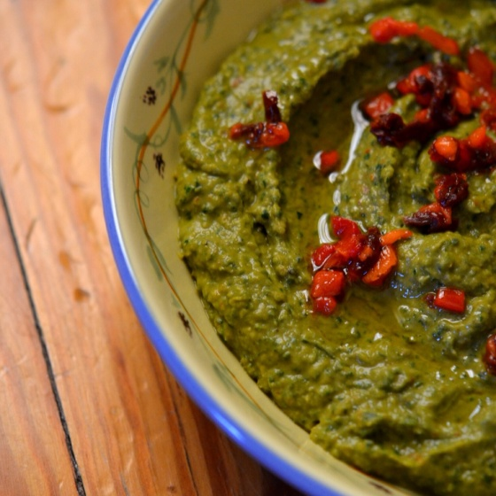 Kale Hummus with Sun Dried Tomatoes