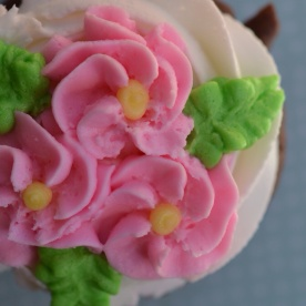 Better Chocolate Cupcakes - Flowers and Leaves